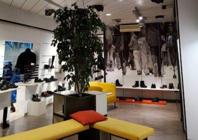 img-negozio-calzature-albanese3